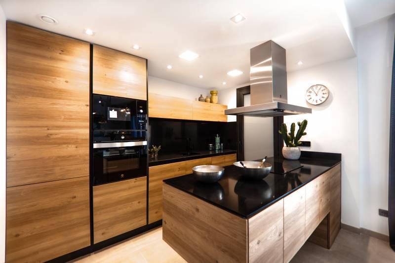 Creation De Cuisine Moderne Avec Plan De Travail En Granit A Lyon